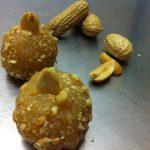Cajuzinho (brigadeiro aux cacahuètes)